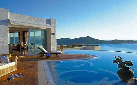 Invest in real estate in greece